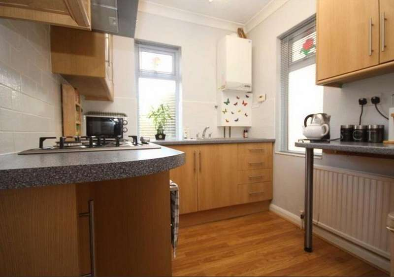 3 Bedrooms Semi Detached House for rent in Brighton Road, Newhaven BN9