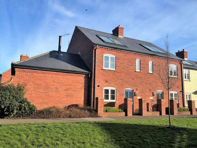 3 Bedrooms Property for sale in Mampitts Lane, Shaftesbury
