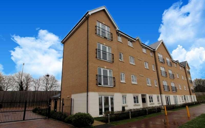 2 Bedrooms Flat for sale in Rowditch Furlong, Redhouse Park, Milton Keynes
