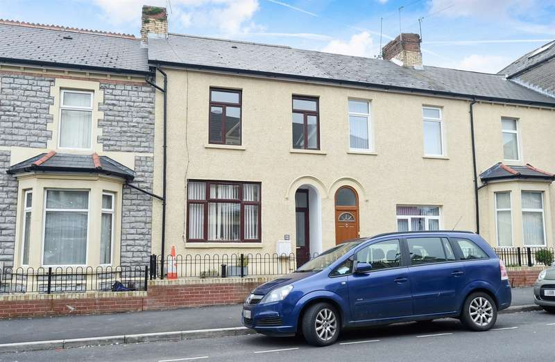 3 Bedrooms Terraced House for sale in Holton Road, Barry