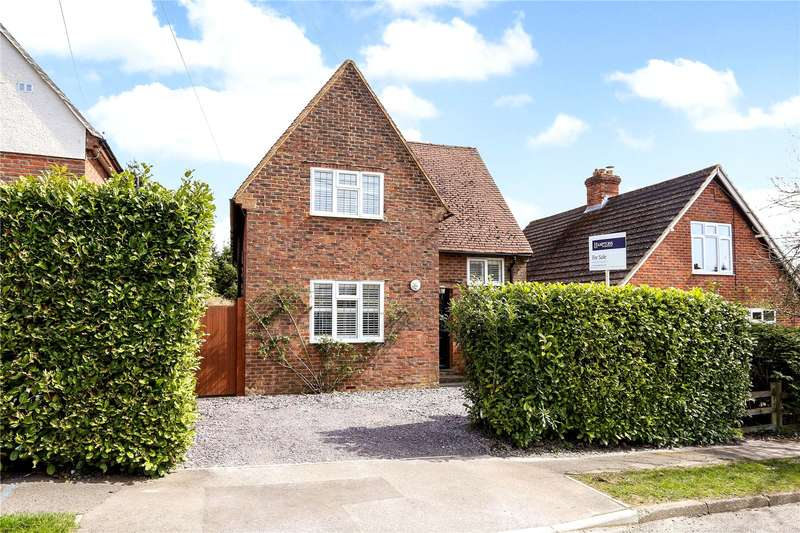 3 Bedrooms Detached House for sale in Pitfold Avenue, Haslemere, Surrey, GU27