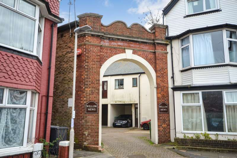 2 Bedrooms House for sale in Willow Mews, Willowfield Square, Eastbourne, BN22
