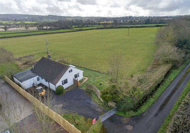 3 Bedrooms Detached Bungalow for sale in Eleighwater, Chard, Somerset, TA20
