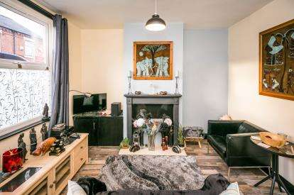 3 Bedrooms Terraced House for sale in Colemere Street, Wrexham, Wrecsam, LL13