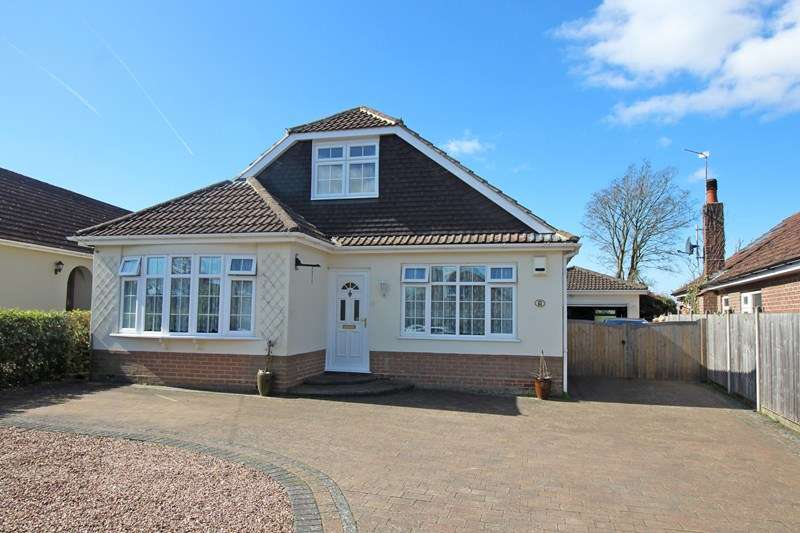 4 Bedrooms Detached Bungalow for sale in Whitehayes Road, Burton, Christchurch