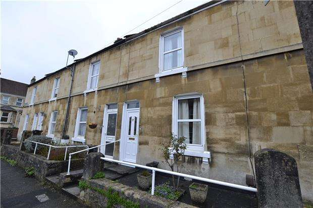 2 Bedrooms Terraced House for sale in Albany Road, BATH, BA2 1BW