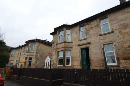 3 Bedrooms Flat for sale in Rossbank Road, Port Glasgow