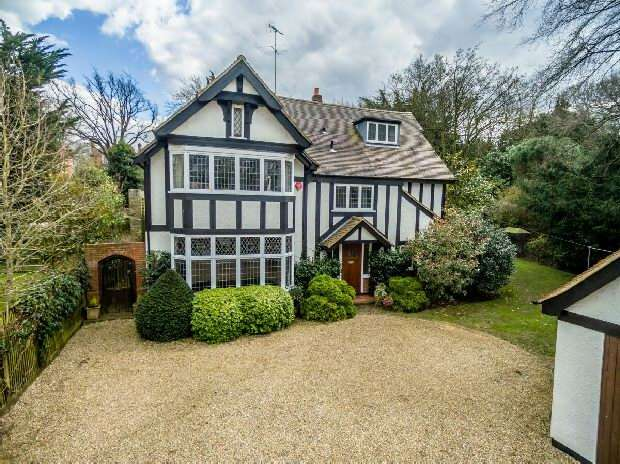 7 Bedrooms Unique Property for sale in Stormont Road, Highgate, N6