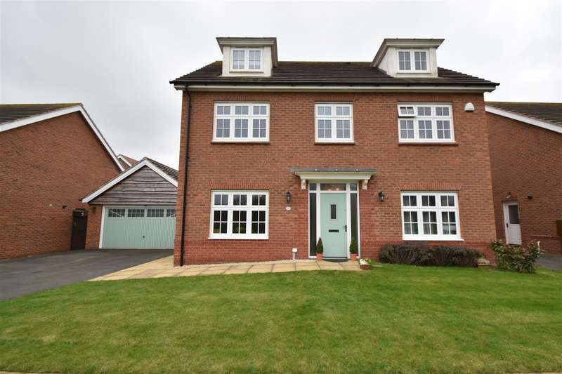 5 Bedrooms Detached House for sale in Howburyfield Avenue, Worcester
