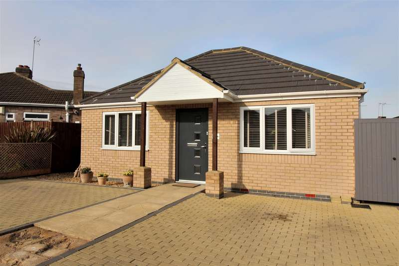 2 Bedrooms Detached Bungalow for sale in Harvey Road, Wellingborough