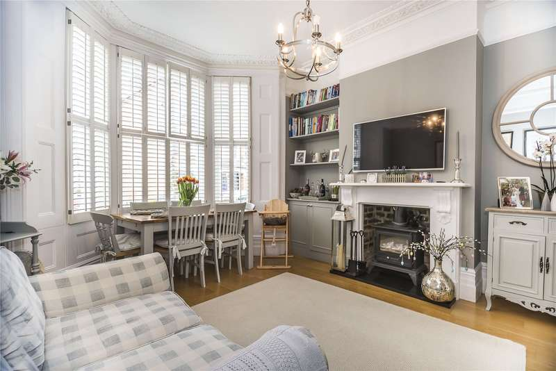 3 Bedrooms Flat for sale in Lavender Sweep, London, SW11