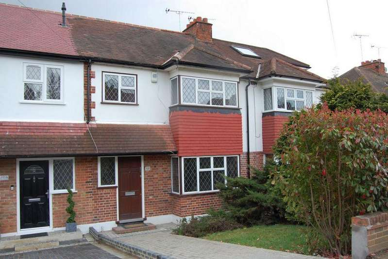3 Bedrooms Terraced House for sale in Rous Road, Buckhurst Hill, IG9