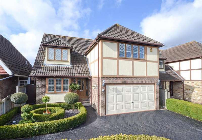 5 Bedrooms Detached House for sale in Little Norsey Road, Billericay