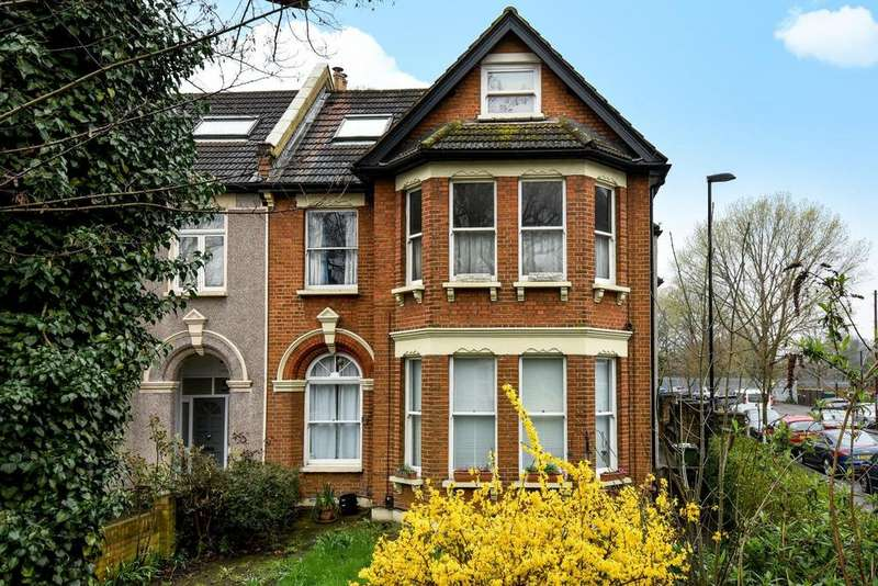 2 Bedrooms Flat for sale in Canadian Avenue, Catford