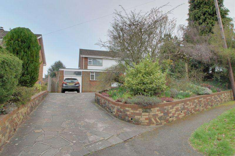 4 Bedrooms Detached House for sale in Selcroft Road, Purley