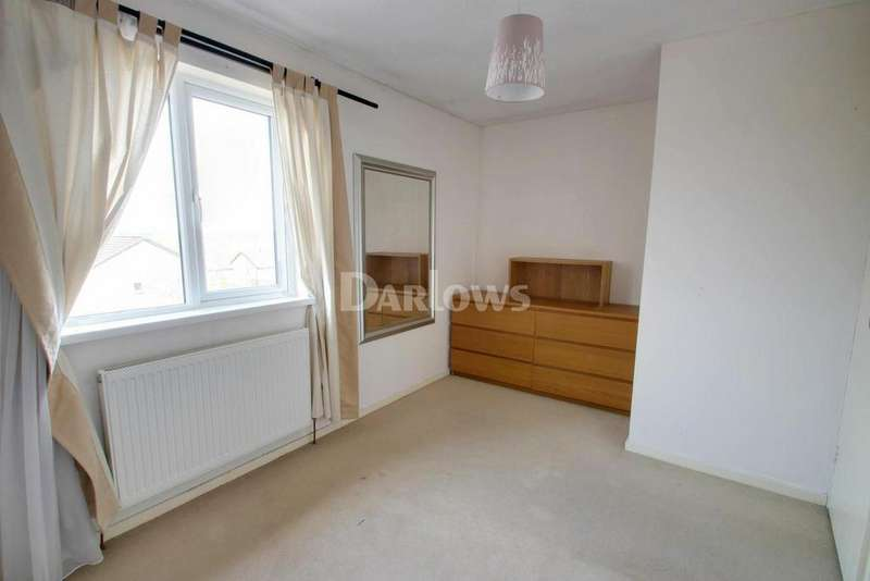 3 Bedrooms End Of Terrace House for sale in Beale Close, Danescourt