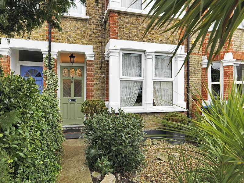 5 Bedrooms Property for sale in South Lane, New Malden, KT3