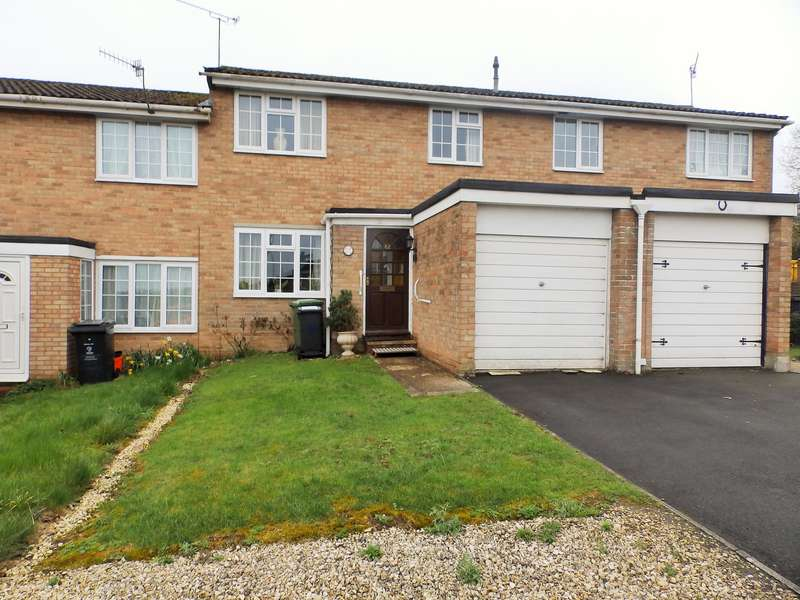 2 Bedrooms Property for sale in Larchmore Close, Greenmeadow