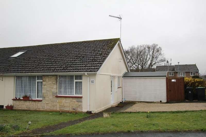 2 Bedrooms Semi Detached Bungalow for sale in FERNDOWN