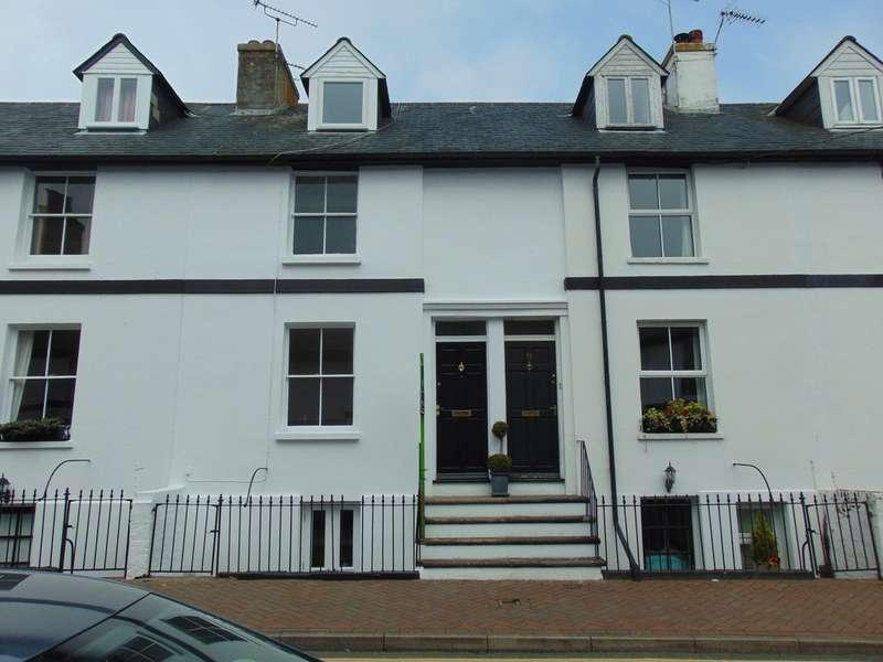 3 Bedrooms Terraced House for rent in Queen Street, Ashford TN23