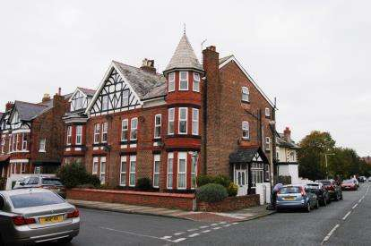 6 Bedrooms Semi Detached House for sale in Westbourne Road, West Kirby, Wirral, Merseyside, CH48