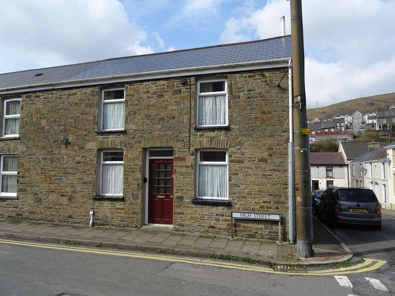 3 Bedrooms End Of Terrace House for sale in High Street, Ogmore Vale, Bridgend, CF32 7AD