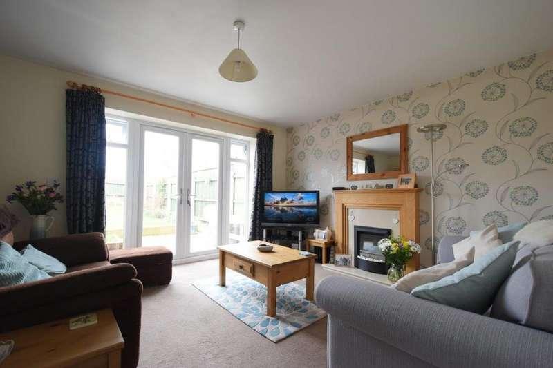 3 Bedrooms Terraced House for sale in Lapal Lane, Halesowen, Birmingham B32