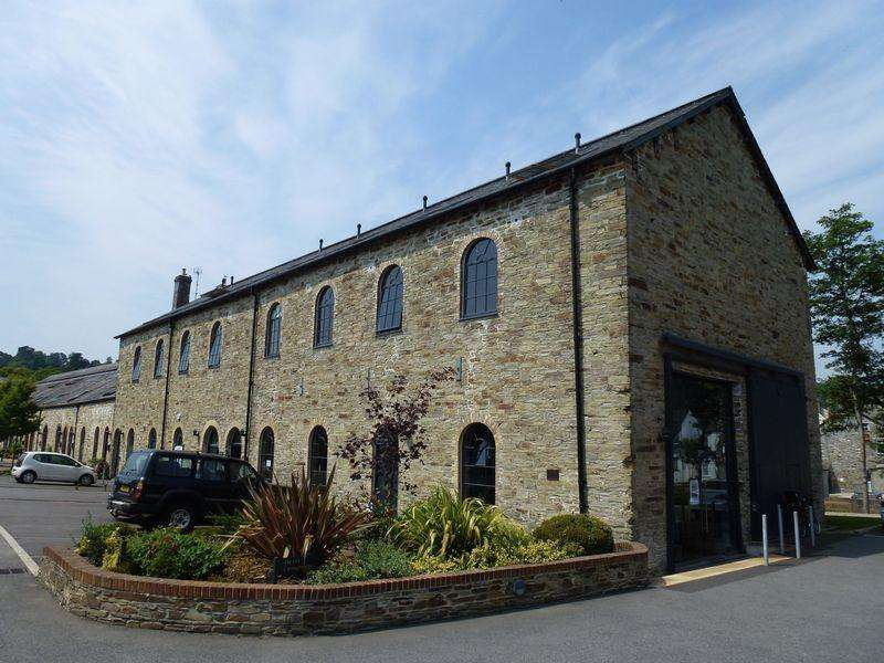 2 Bedrooms Duplex Flat for sale in 5 The Old Carriageworks, Brunel Quays,, Lostwithiel