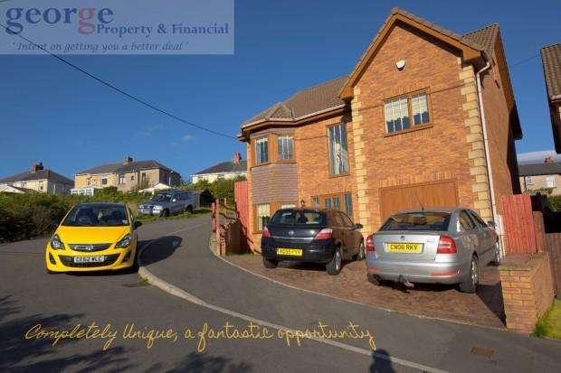 5 Bedrooms Detached House for sale in Myrtle Grove, Hengoed, Caerphilly, CF82