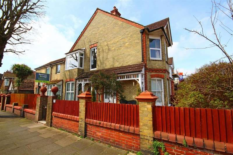 2 Bedrooms Ground Flat for sale in Leicester Villas, Hove, East Sussex