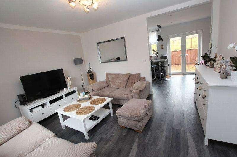 3 Bedrooms Semi Detached House for sale in Gale Street, Syke, Rochdale OL12 0BG