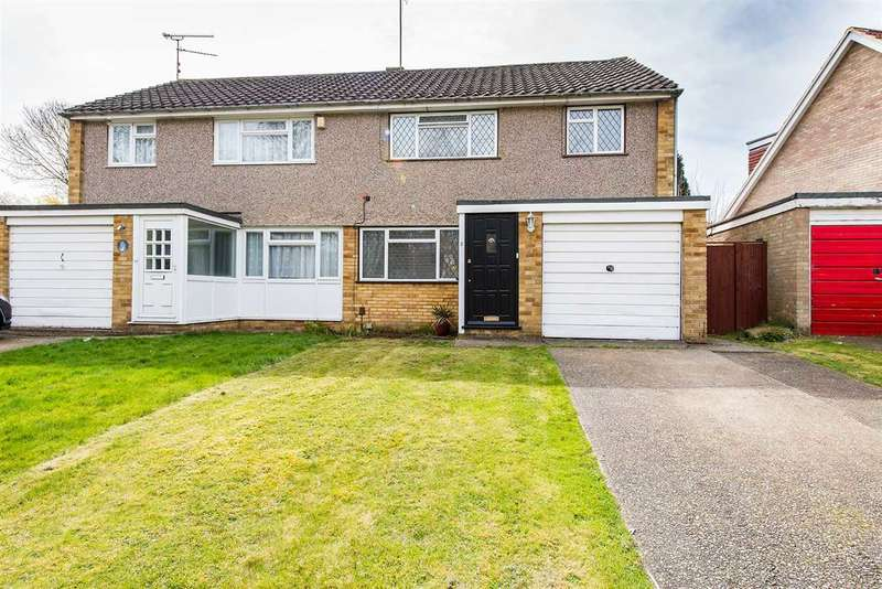 3 Bedrooms Semi Detached House for sale in Grove Park Avenue, Sittingbourne