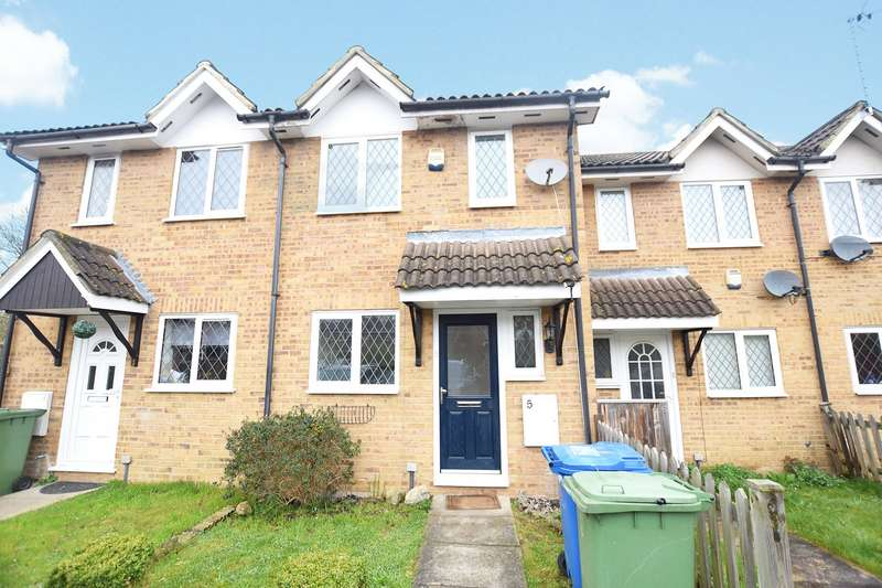 2 Bedrooms Terraced House for sale in Challis Place, Amen Corner, Binfield, Berkshire, RG42