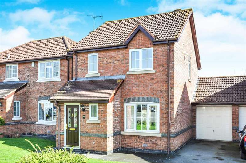 3 Bedrooms Link Detached House for sale in Hill View, Bishops Itchington, Southam