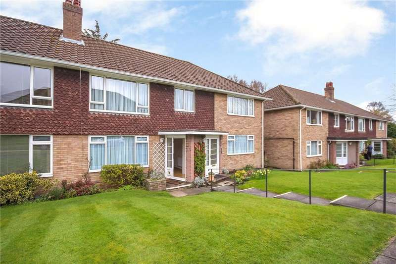 2 Bedrooms Flat for sale in Charmouth Court, St. Albans, Hertfordshire