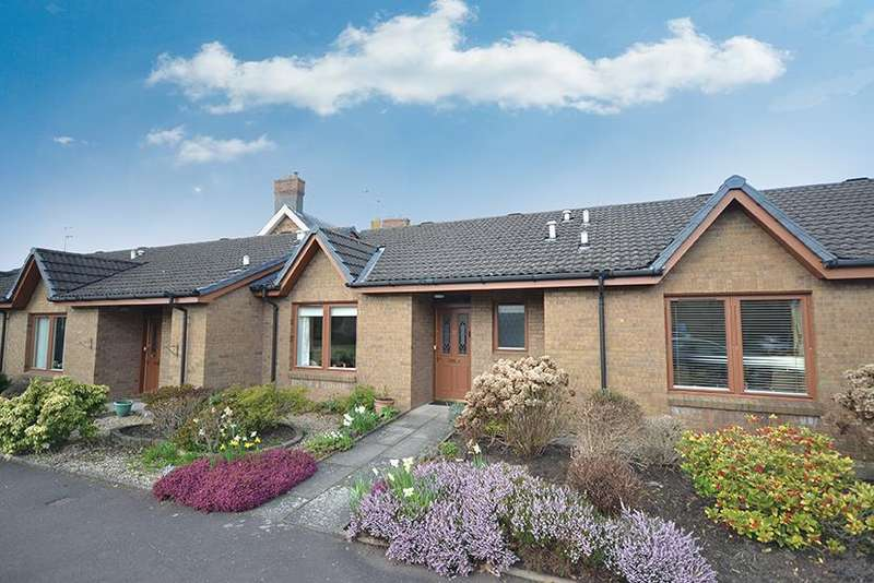 2 Bedrooms Bungalow for sale in 32 Carrick Gardens, Ayr, KA7 2RT