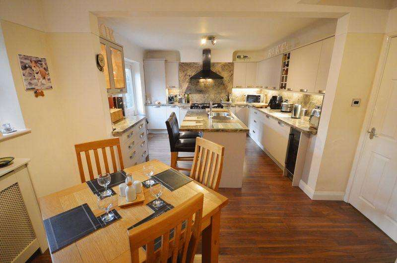 5 Bedrooms Semi Detached House for sale in Frankby Road, West Kirby