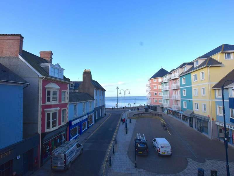 1 Bedroom Flat for rent in Lisburne House , Bath Street , Aberystwyth
