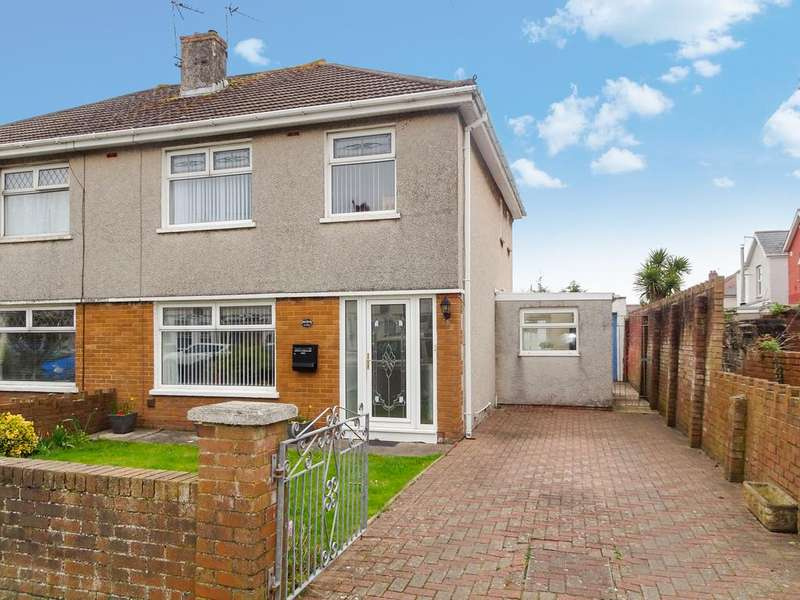3 Bedrooms Semi Detached House for sale in SAN MALO, QUEENS AVENUE, PORTHCAWL, CF36 5HP
