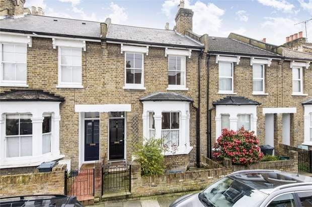 2 Bedrooms Terraced House for sale in Grosvenor Road, Brentford, Middlesex