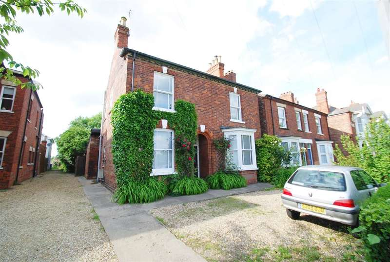 3 Bedrooms Detached House for sale in Norfolk Street, Boston