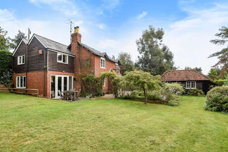 4 Bedrooms Detached House for sale in Shiplake Cross, Henley-On-Thames, RG9