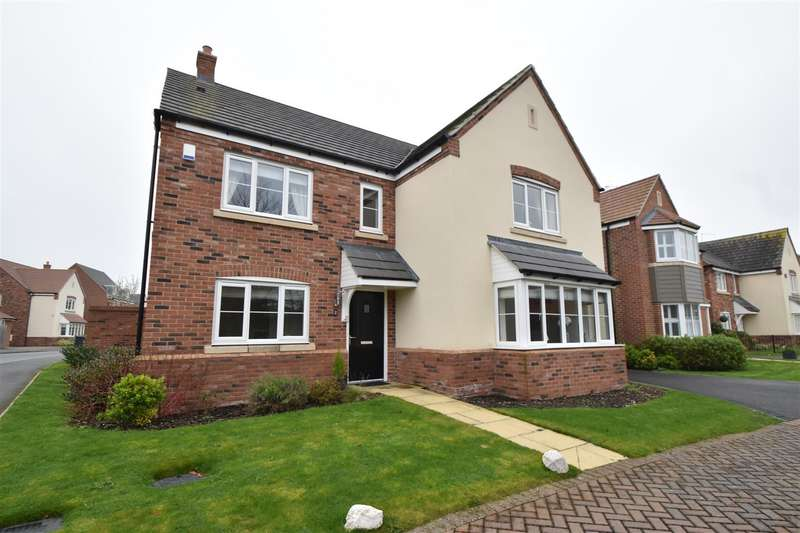 5 Bedrooms Detached House for sale in Lawley Way, Droitwich