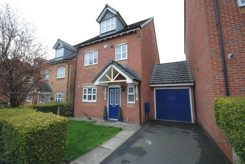 4 Bedrooms Detached House for sale in Appleton Grove, Wigan