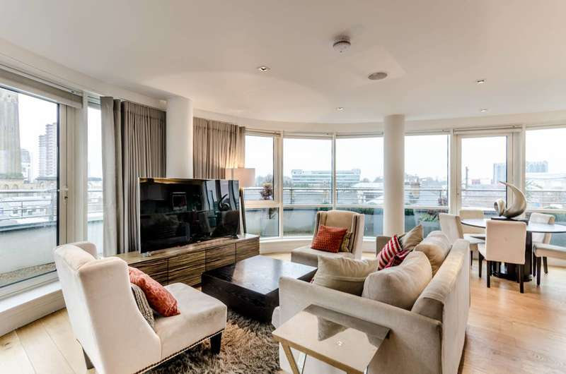 3 Bedrooms Flat for sale in Kew Bridge, Brentford, TW8