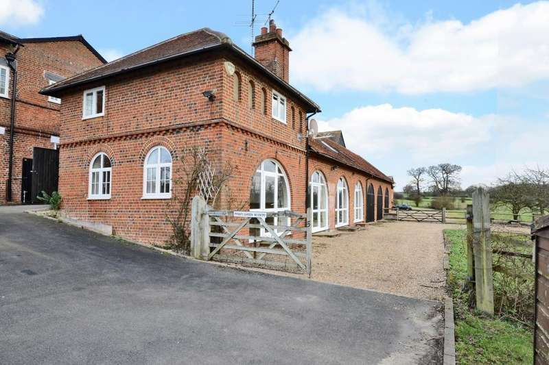 4 Bedrooms Barn Conversion Character Property for rent in Ockham