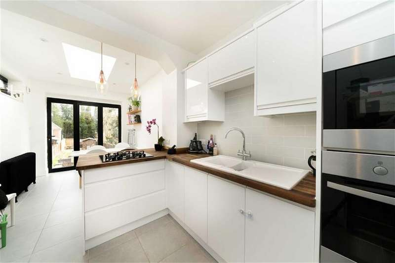 3 Bedrooms Terraced House for sale in Willoughby Road, Harpenden, Hertfordshire