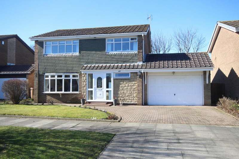 4 Bedrooms Detached House for sale in Earnshaw Way, Beaumont Park, Whitley Bay, NE25