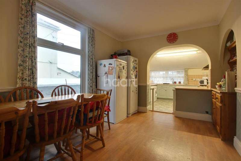 4 Bedrooms Terraced House for rent in Ford Hill Plymouth PL2