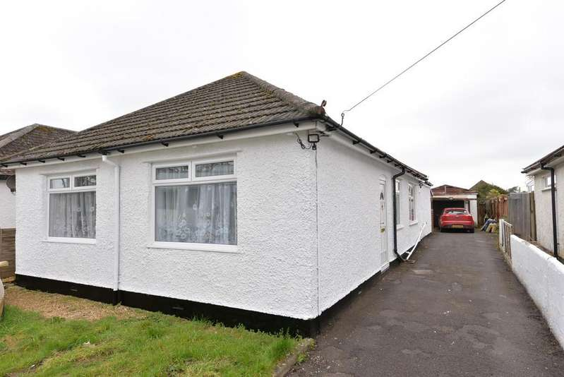 4 Bedrooms Detached Bungalow for sale in Lower Ashley Road, Ashley , New Milton